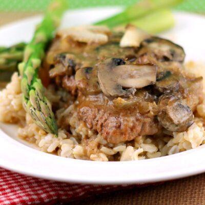 Fork-Tender Cube Steak and Gravy Recipe