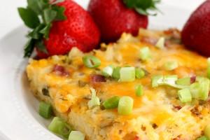 Breakfast for Dinner Casserole: An easy hashbrown casserole recipe!