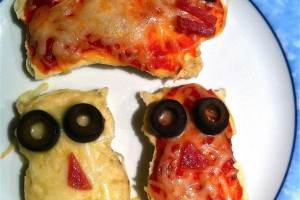 Kid Dinner Idea:  Cookie Cutter Pizzas