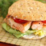 Salmon Sandwich with Spicy Dill Yogurt Sauce (AKA Salmoniches)