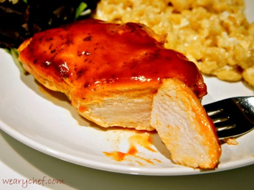 Stovetop Barbecue Chicken - 15 minutes is all you need for perfectly juicy #BBQ #chicken!
