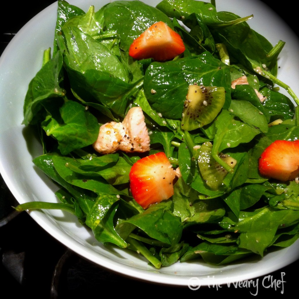 Strawberry Spinach Salad with Chicken and Kiwi - wearychef.com
