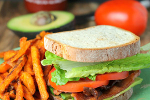 BLTA with Spicy Mayo