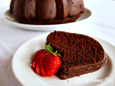 One Bowl Chocolate Cake: This #chocolate #cake is so #easy to make and unbelievably moist!