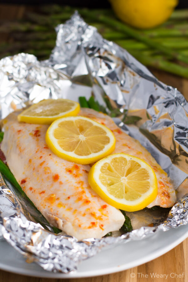 These healthy and easy fish packets are easy to make ahead and bake when you're ready for dinner!