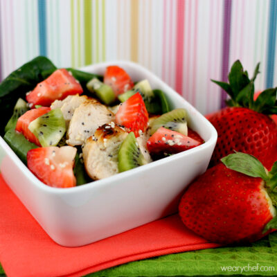 Spinach Strawberry Salad with Kiwi and Chicken