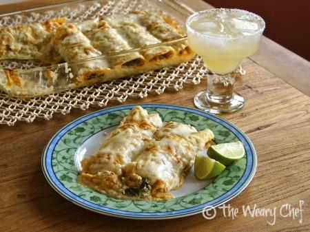Chicken and Spinach Enchiladas Verdes - Healthy #enchilada #dinner by @wearychef