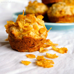 Banana and Cereal Muffins: No bowl required!