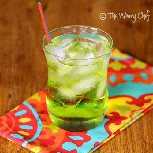 Caribbean Water Cocktail | The Weary Chef #midori #rum #cocktail