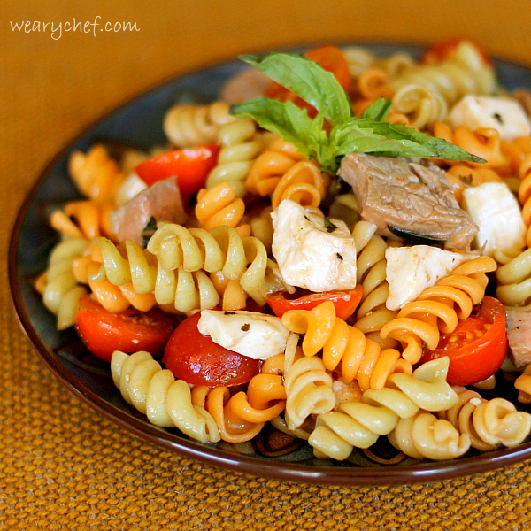 Steak Caprese Pasta Salad - This delicious, satisfying dish is easy to make!