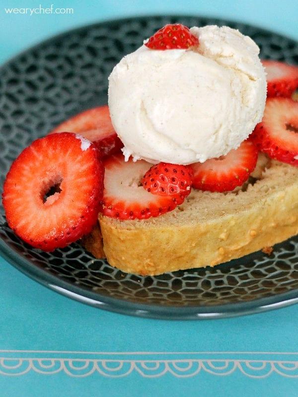 Vanilla Ice Cream Bread Strawberry Shortcake - a fun and easy summer dessert!