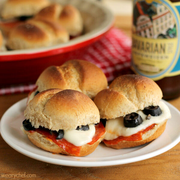 Pizza sliders the weary chef pizza sliders a fun dinner or perfect party food forumfinder Choice Image