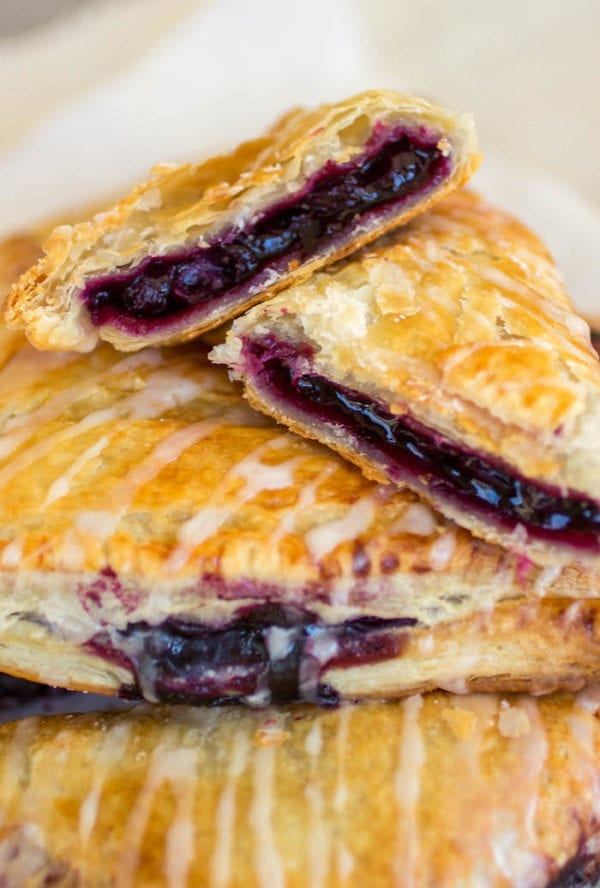 Blueberry Turnovers by Sprinkle Some Sugar
