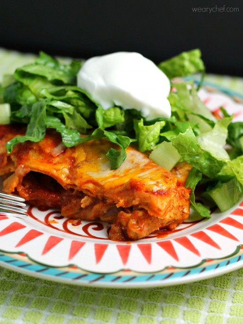 Fajita Enchilada Lasagna - This delicious dinner with an identity crisis is sure to please the whole family! - wearychef.com