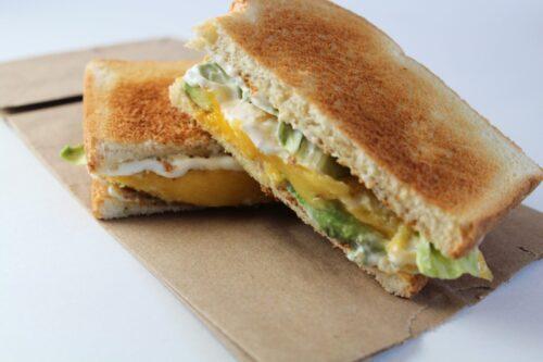 Avocado and Mango Sandwich with Cilantro Lime Mayo | Yummy Healthy Easy