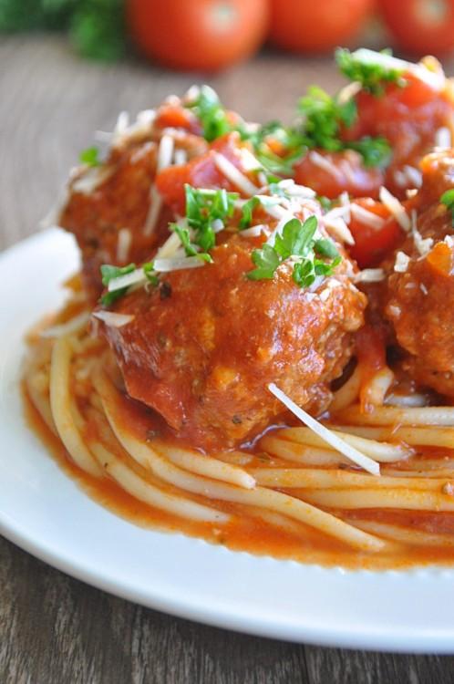 Spaghetti and Meatballs | House of Yumm