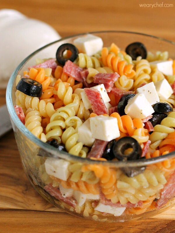 Pizza Pasta Salad - An easy recipe for lunch boxes or summer BBQs!