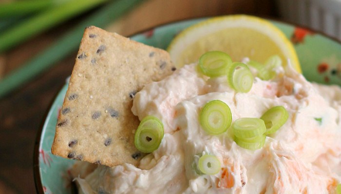 Smoked Salmon Cream Cheese Dip or Spread - This easy dip is just right ...
