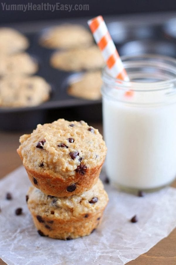 Chocolate Chip Quinoa Muffins by Yummy Healthy Easy