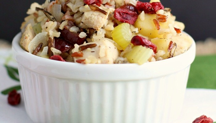 This 30-minute skillet dinner is loaded with dried cranberries, fresh apples, celery, and chicken simmered together with Multi-Grain Minute Rice. #MinuteHoliday