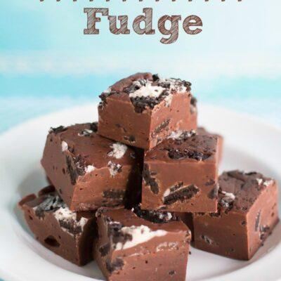 Condensed Milk Fudge with Cookies