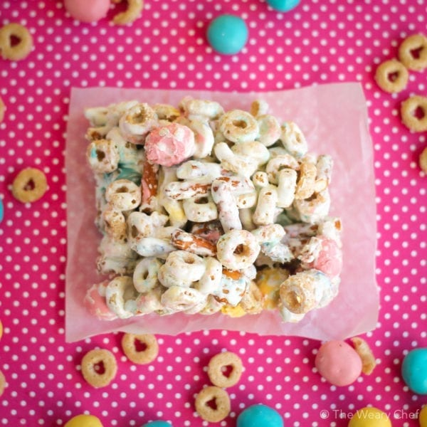 These cheerios bars with pretzels are a festive treat that's easy to make for any holiday!