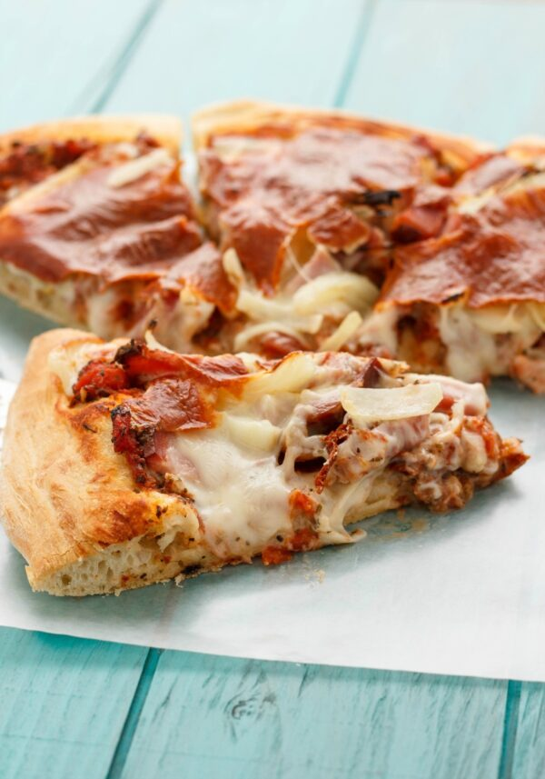 Try this tasty ham and cheese pizza with leftover ham!