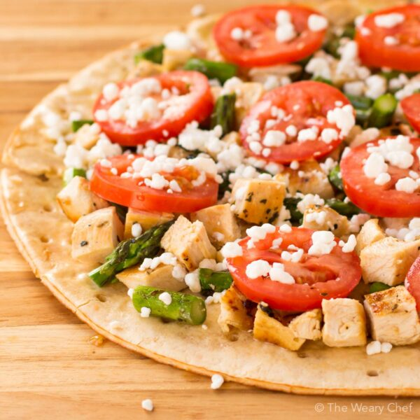 You will love to bite into this organic chicken and asparagus flatbread! You can make it on the grill or in your oven for an easy summer meal.