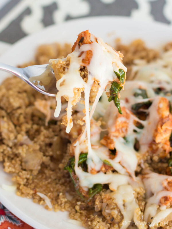 This easy chicken and quinoa recipe is a great fridge cleanout meal, and it can satisfy your pizza craving in a healthier way!