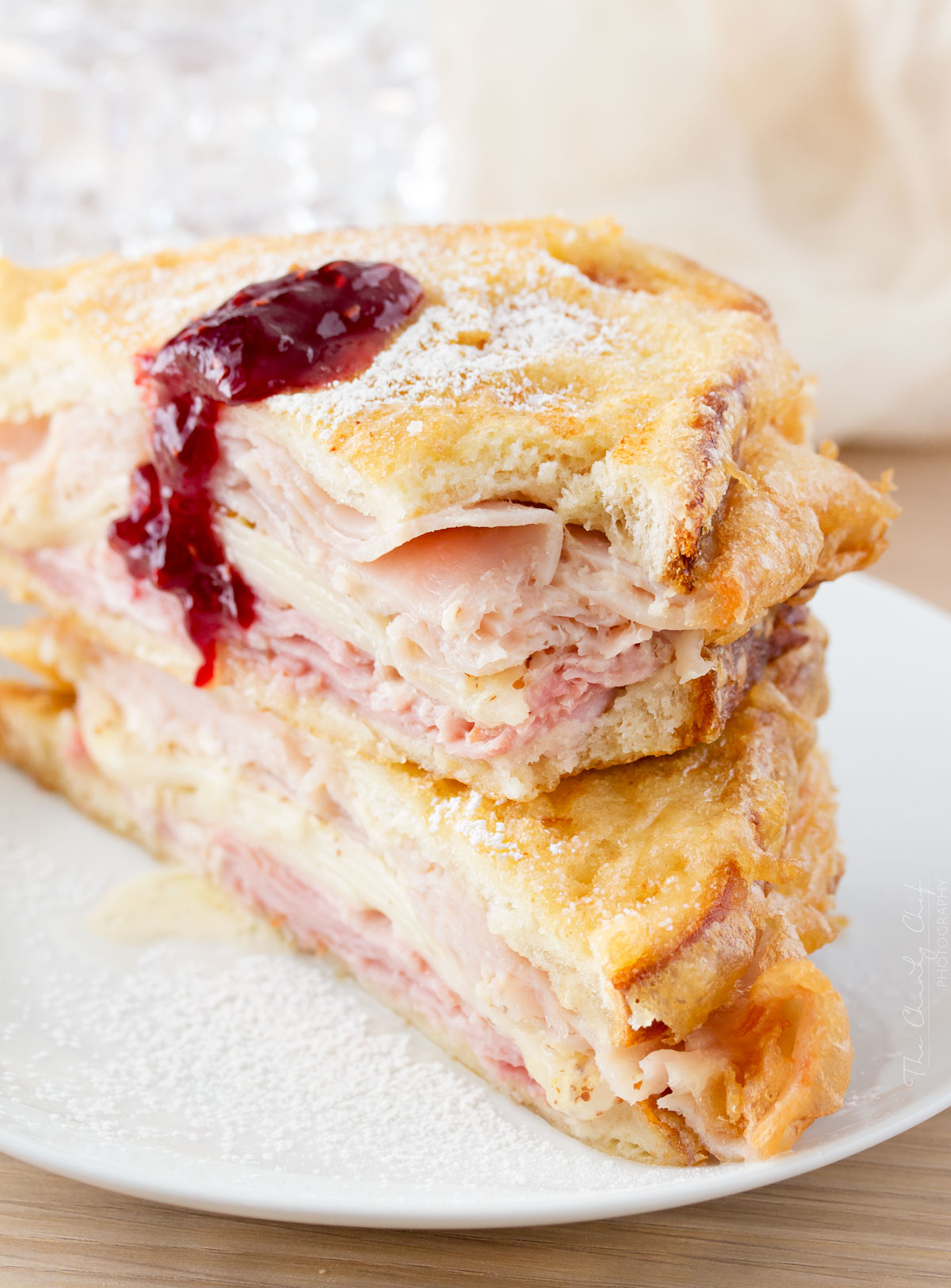 This monte cristo sandwich recipe is irresistible!