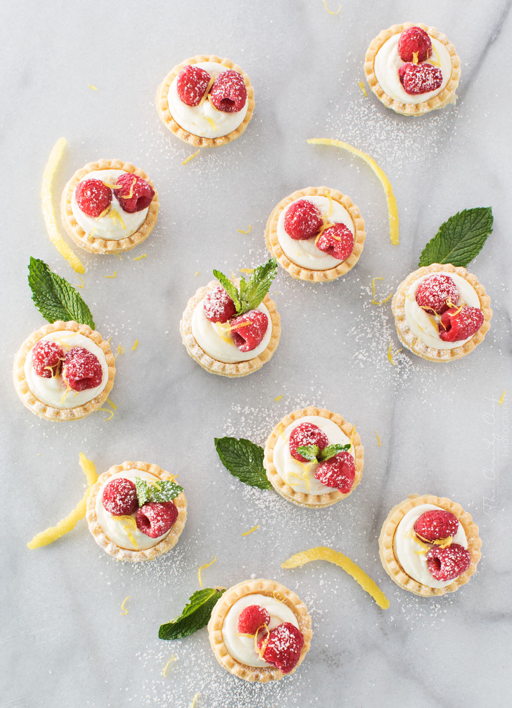 These mini lemon white chocolate cheesecakes taste even better than they look!
