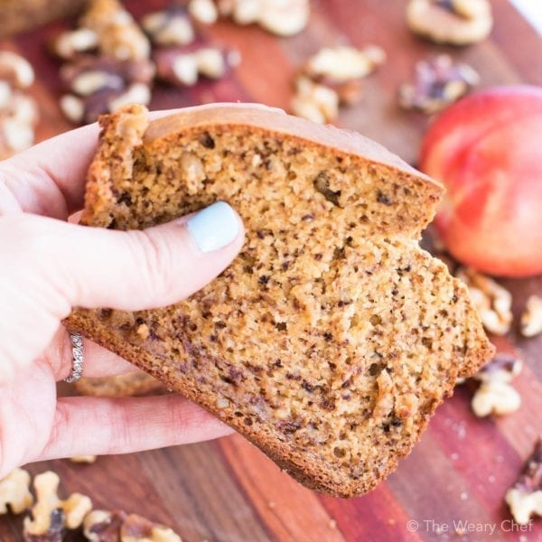 This peach bread with walnuts is easy to make with your blender!