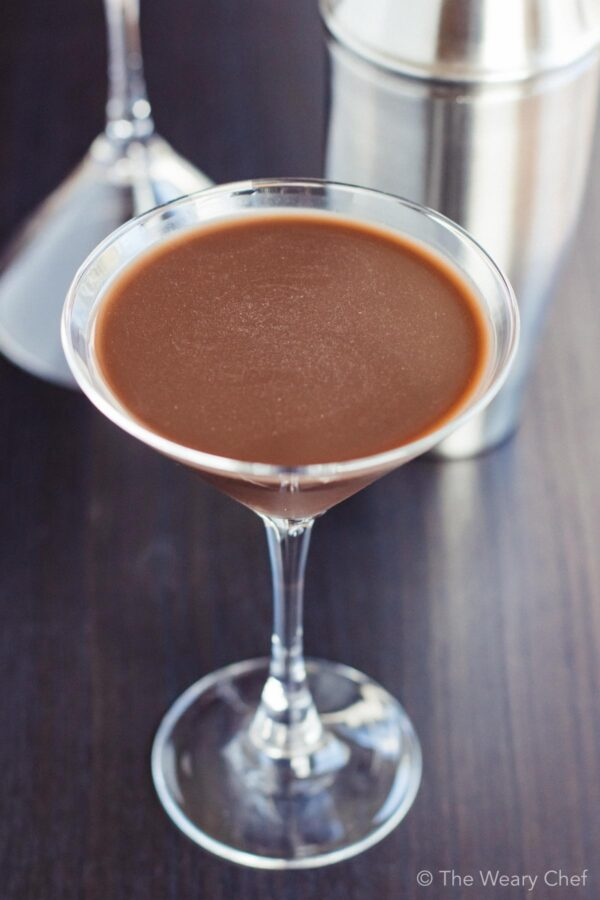 You only need three ingredients for this chocolate mudslide cocktail, and it's dairy free!