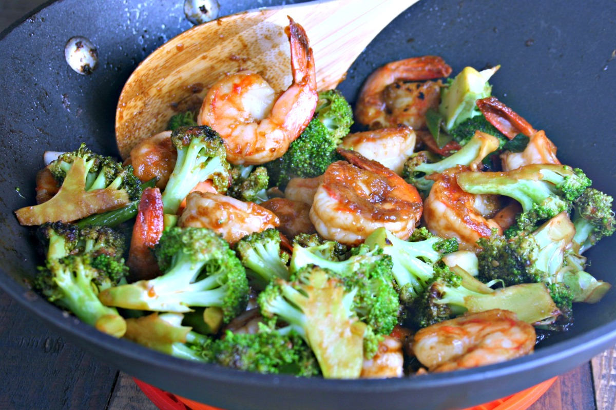 Chinese Shrimp and Broccoli Stir Fry is a quick and easy meal to make at home!
