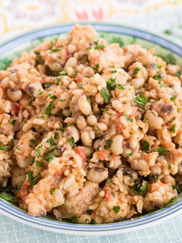 Dig into this one-pot dish with black eyed peas, chicken, rice, and tomatoes. It is comfort food the healthier way!