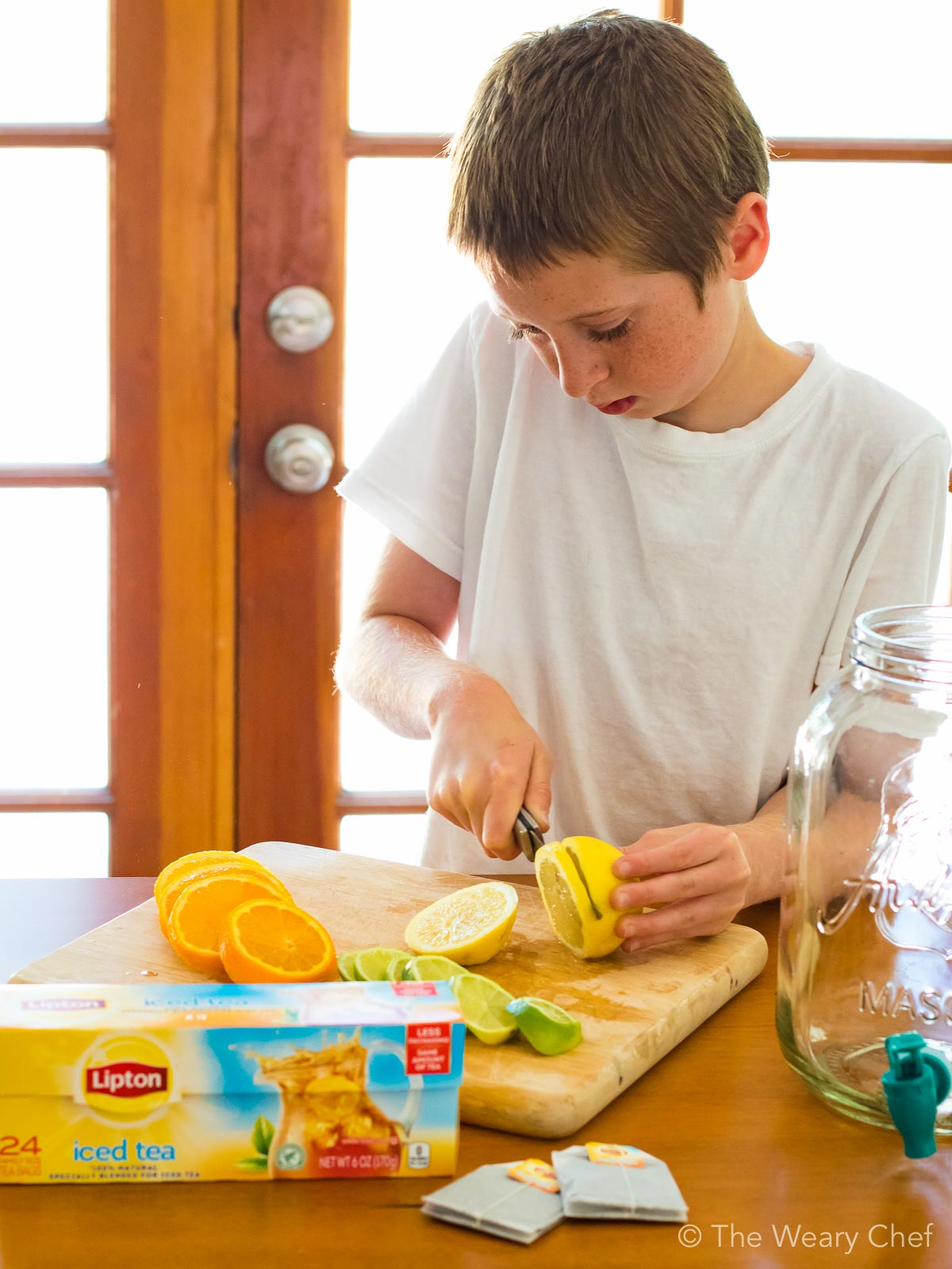 Kids will love to help make Honey Citrus Iced Tea!
